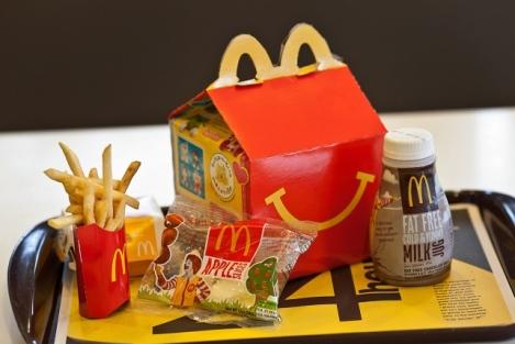 mcdonalds_happy_meal_crbloomberg